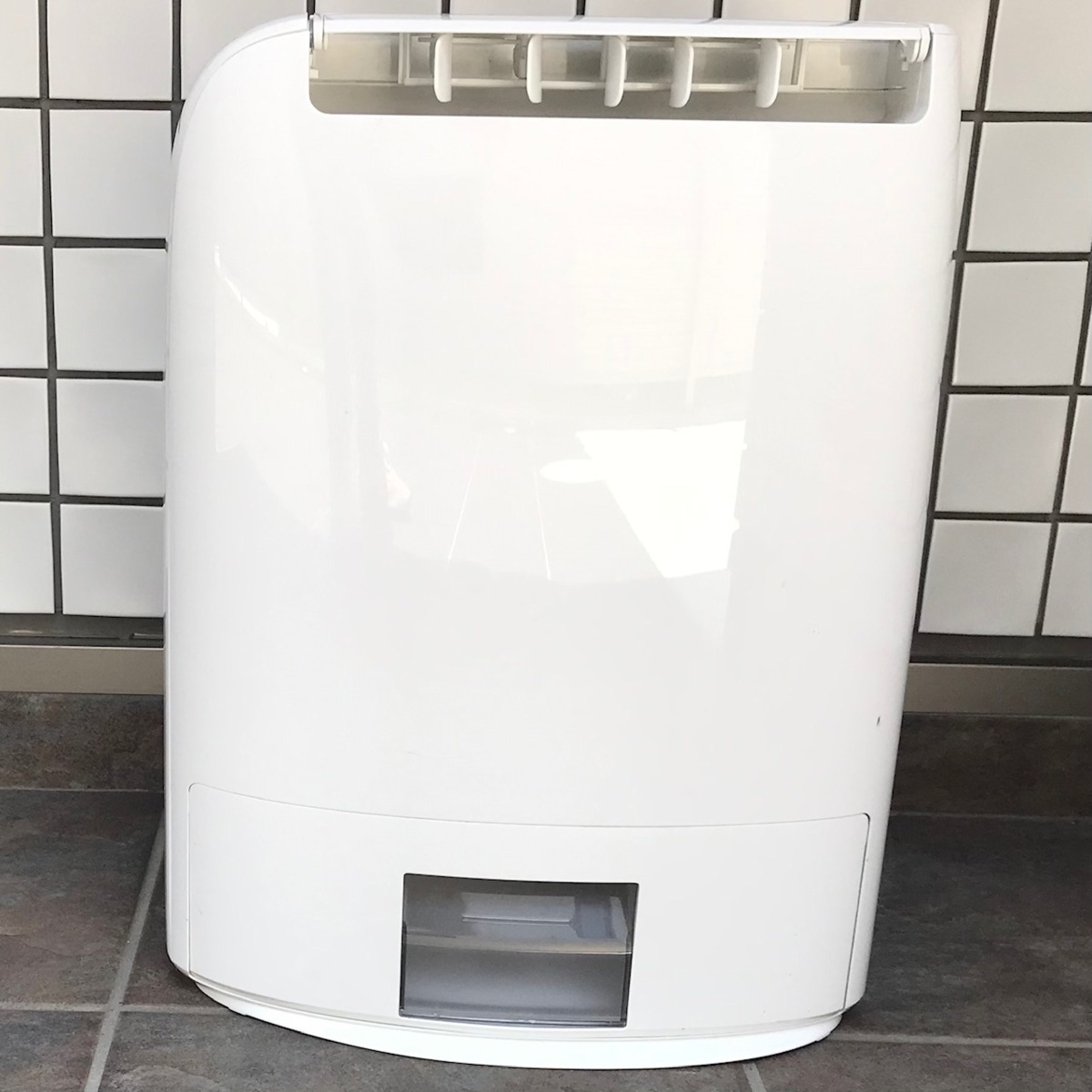 Panasonic パナソニック デシカント方式 衣類乾燥除湿機 F-YZM60 ホワイト 2016年製 中古品 動作確認済 140サイズ発送予定_画像2