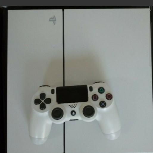 PS4本体 グラッシャーホワイト 500GB CUH-1100A