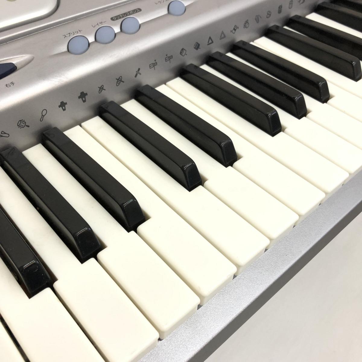 中古 CASIO カシオ 電子キーボード LK-250it 光ナビゲーション ケイタイリンク シルバー ブルー 電子ピアノ 鍵盤楽器 アダプター付 H15354_画像9