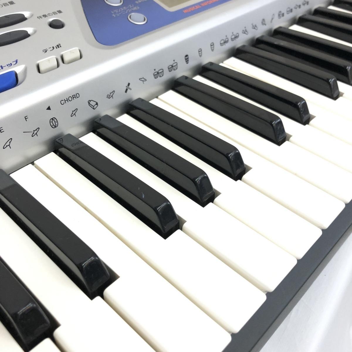 中古 CASIO カシオ 電子キーボード ベーシックキーボード CTK-481 61鍵盤 シルバー 電子ピアノ 鍵盤楽器 アダプター付き H15428_画像4