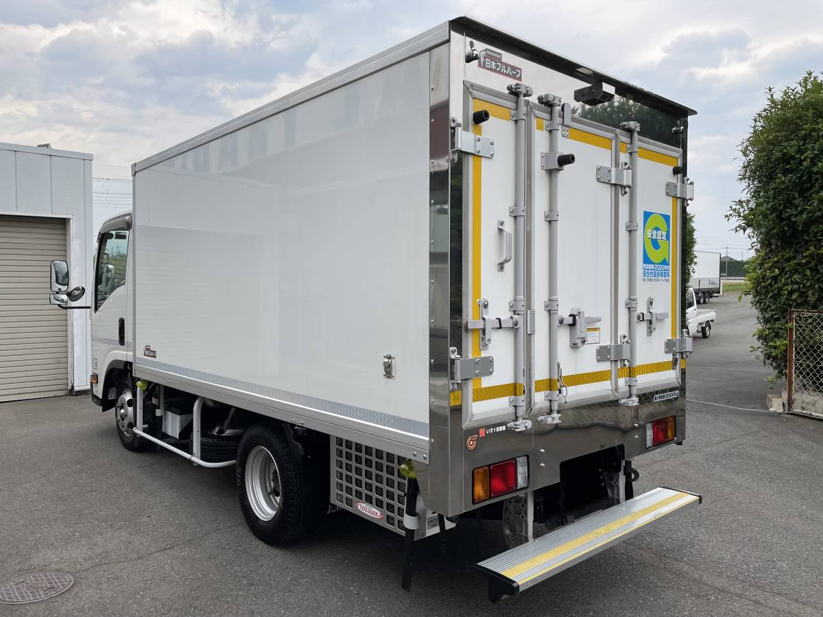H26 いすゞエルフ 2トントラック 冷蔵冷凍車 -30℃設定あり 上物メーカー:日本フルハーフ 最大積載2000㎏_画像4