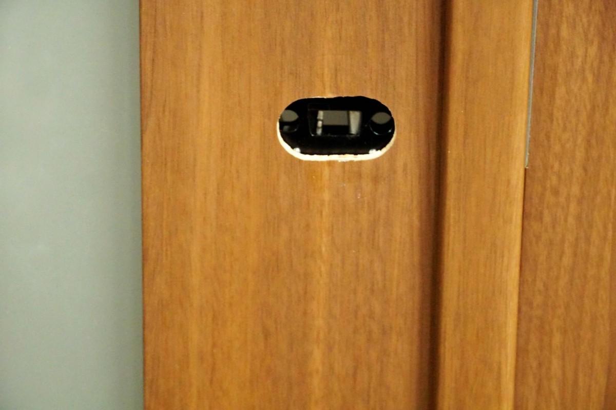 LTT4◆モデルR展示設置品◆室内ドア◆枠・把手 付き◆リビング用・親子ドア◆枠内内 W1140 H2260 D40◆_画像3