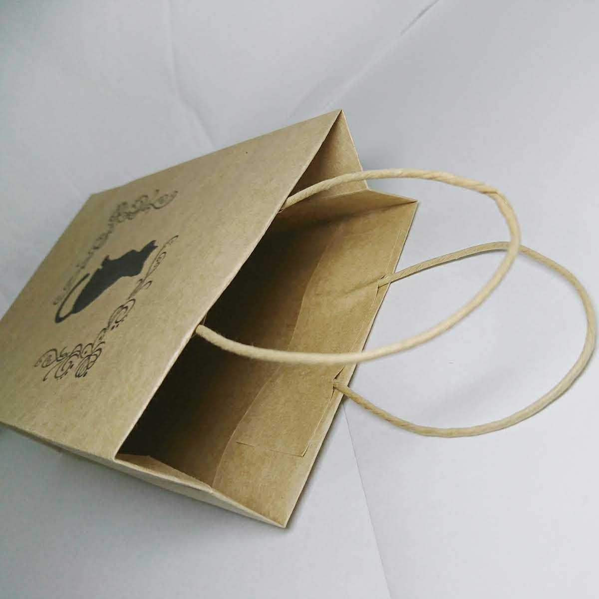 黒猫 クラフト紙袋 手提げ袋 ラッピング袋 プチギフト ペーパーバッグ お礼 ハンドメイド 包装 6枚 _画像2