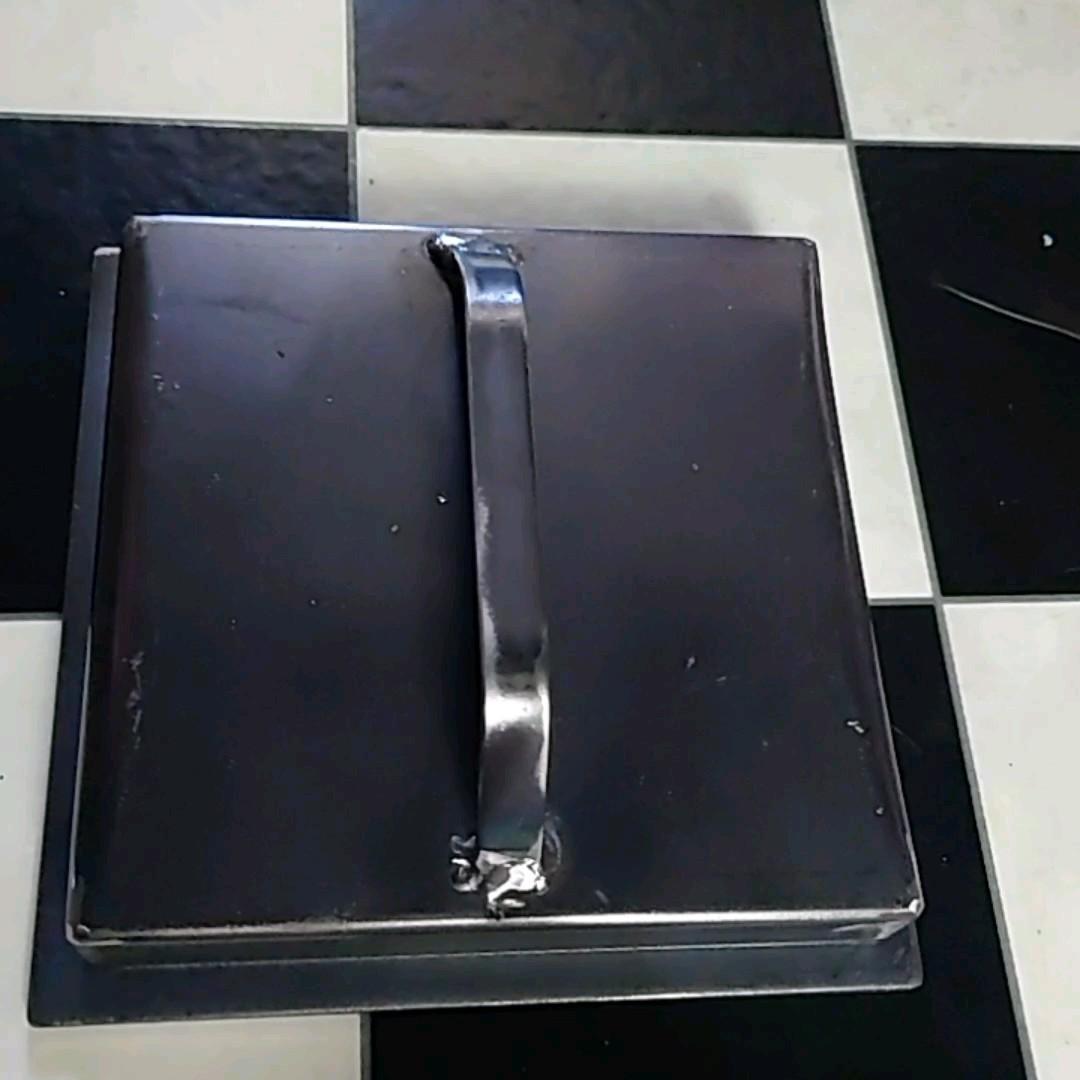 バーベキュー鉄板蓋付き 6ミリ200×200蓋0.6ミリ185×175×30