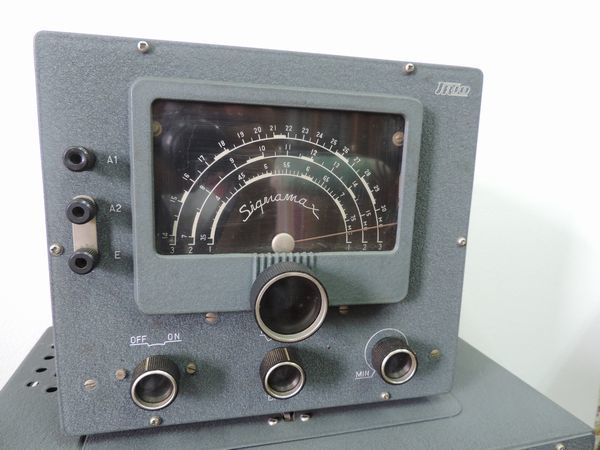 TRIO トリオ 9R-4 通信型受信機・プリセレクター シグナマックス SM-1 セット売り  詳細不明 ジャンク品_画像2