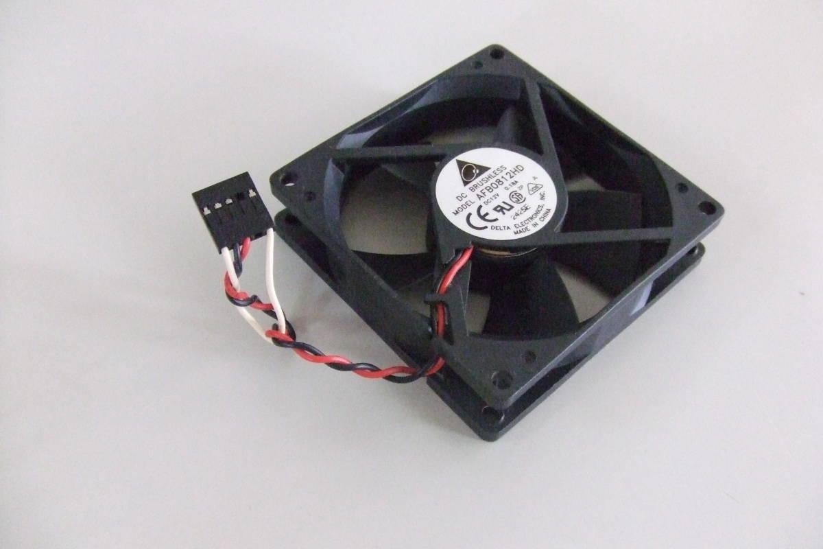 イイヤマ i iyama FC950RWH 取り外し品 PCケースファン CPUファン DELTA AFB0812HD DC12V 0.18A 8cm×8cm_画像1