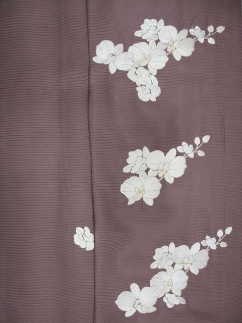 新品 1568 夏着物 大幅値下げ 正絹手縫いお仕立て上がり絽訪問着 葡萄鼠系 胡蝶蘭刺繍_画像7