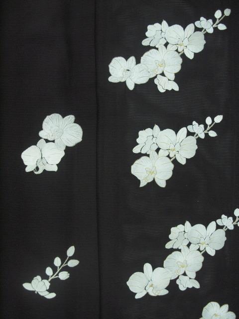 新品 1577 夏着物 大幅値下げ 正絹手縫いお仕立て上がり絽訪問着 黒 胡蝶蘭刺繍_画像7