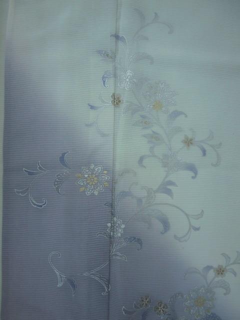 新品 1625 夏着物 大幅値下げ 正絹お仕立て上がり 付け下げ 絽 白緑/淡藤色 花唐草_画像6