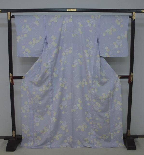 新品 1672 夏着物 大幅値下げ お仕立て上がり正絹 紗小紋 暁鼠系 花唐草_画像1