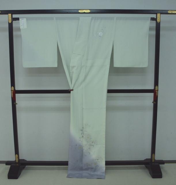 新品 1625 夏着物 大幅値下げ 正絹お仕立て上がり 付け下げ 絽 白緑/淡藤色 花唐草_画像4