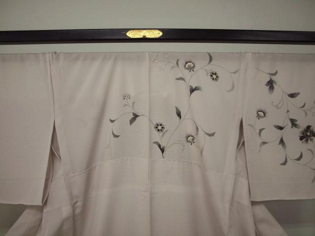 新品 1481 夏着物 大幅値下げ お仕立て上がり正絹絽訪問着 桜鼠色 花唐草_画像2