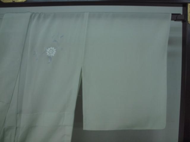 新品 1625 夏着物 大幅値下げ 正絹お仕立て上がり 付け下げ 絽 白緑/淡藤色 花唐草_画像5