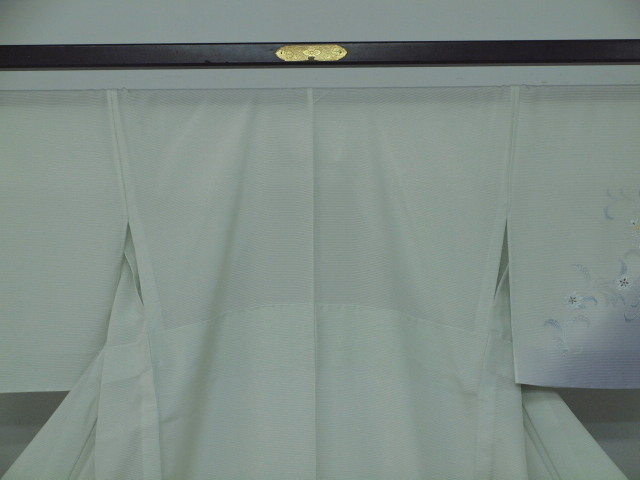 新品 1625 夏着物 大幅値下げ 正絹お仕立て上がり 付け下げ 絽 白緑/淡藤色 花唐草_画像2