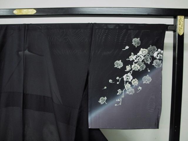 新品 1410 夏着物 大幅値下げ 手縫いお仕立て上がり 正絹絽訪問着 黒地 花柄 _画像2