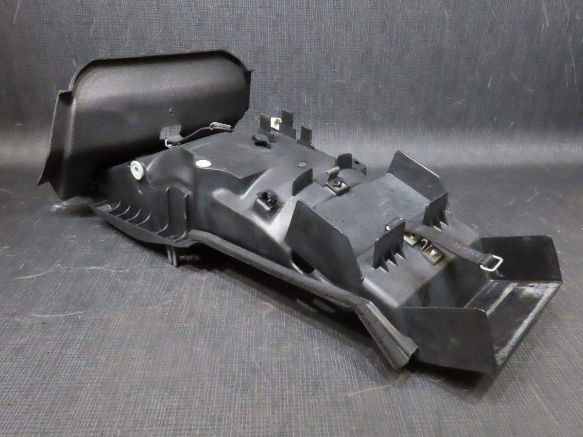 2003年 XJR400R RH02J インナーリアフェンダー【140】 XJR400-A-005_画像2