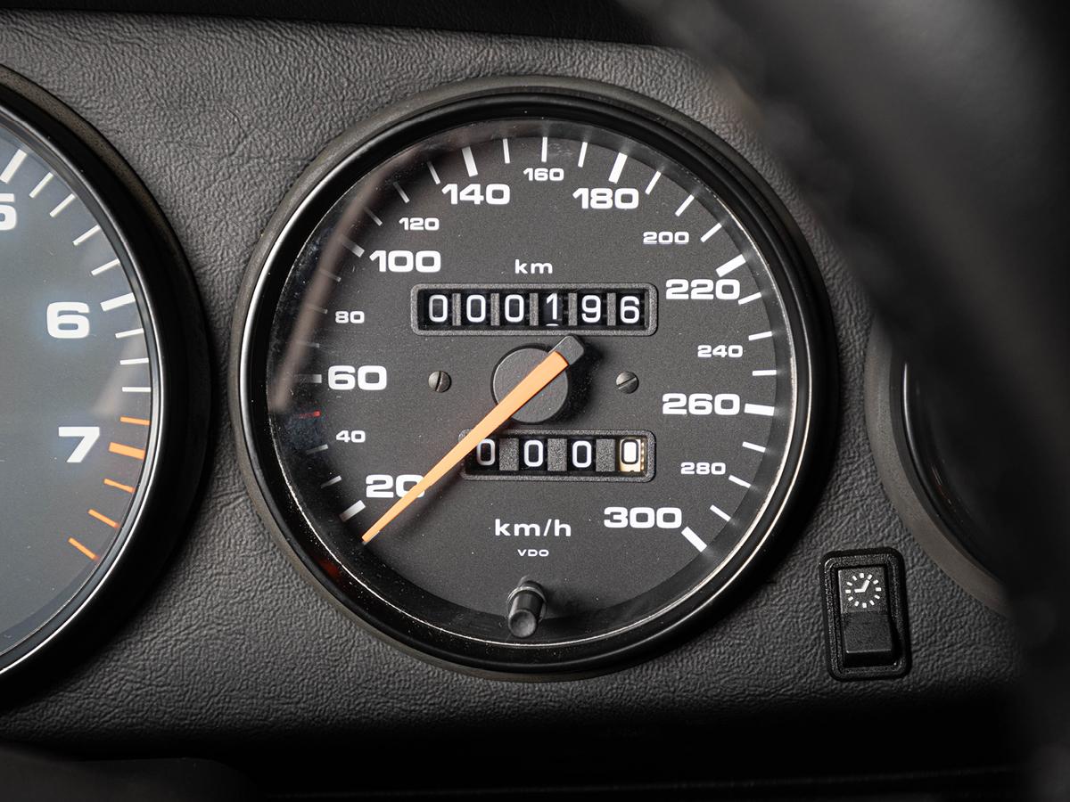 1997 Porsche 911 Carrera 4 (993)_画像3