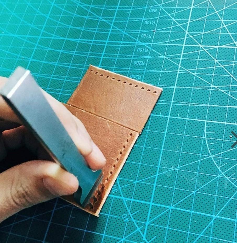 レザークラフト 道具 菱目打ち 5mm 4本 セット 刻印入り 工具  皮革 革 細工