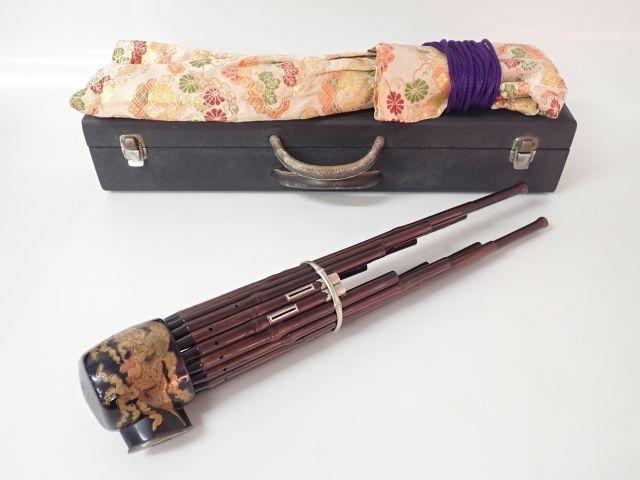鳳笙 笙 本節 竹製 蒔絵入り 雅楽器 和楽器 全長約45cm ハードケース付き ★ 61C78-4