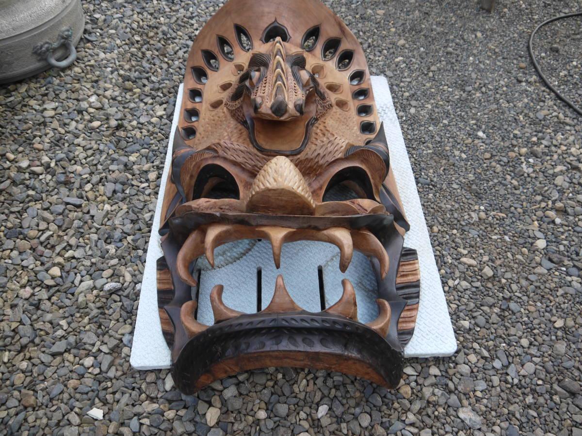 【H10719】特大 「横54cmx縦101cm」 お面 アフリカ ニューギニア ミクロネシア 木彫 壁掛け インテリア_画像2