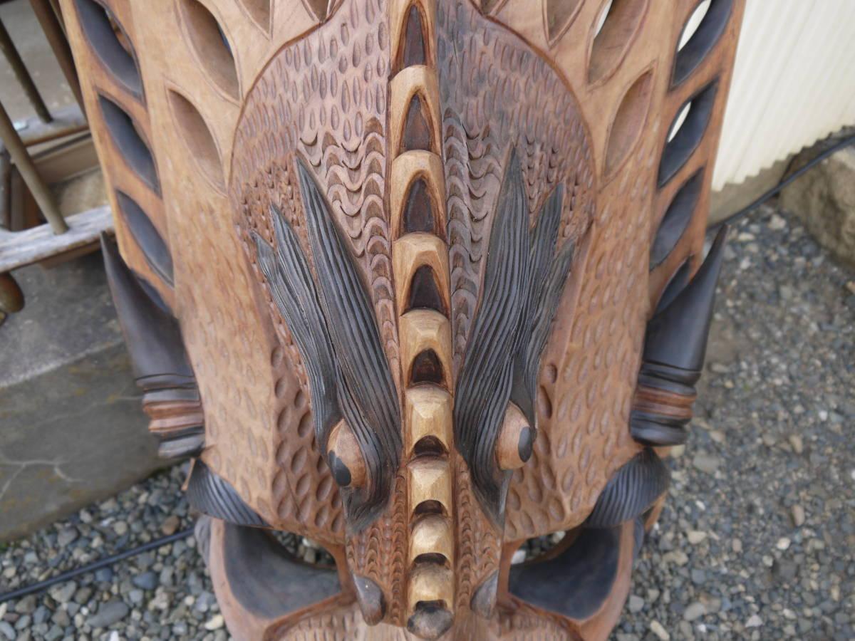 【H10719】特大 「横54cmx縦101cm」 お面 アフリカ ニューギニア ミクロネシア 木彫 壁掛け インテリア_画像7