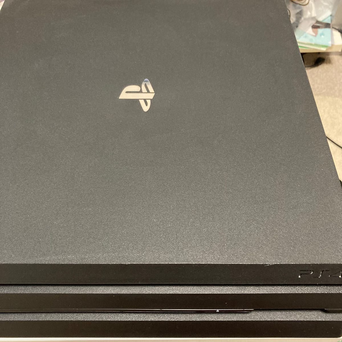 PlayStation 4 Pro 1TB 中古