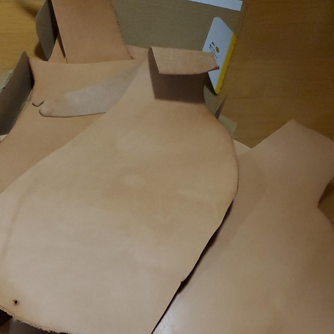 ヌメ革 革 キャメル ハギレ レザークラフト ハンドメイド材料 小物