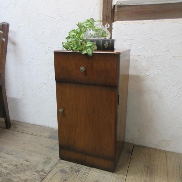 イギリス アンティーク 家具 サイドキャビネット ナイトスタンド 収納 飾り棚 木製 ウォルナット 英国 SMALLFUNITURE 6984b_画像1