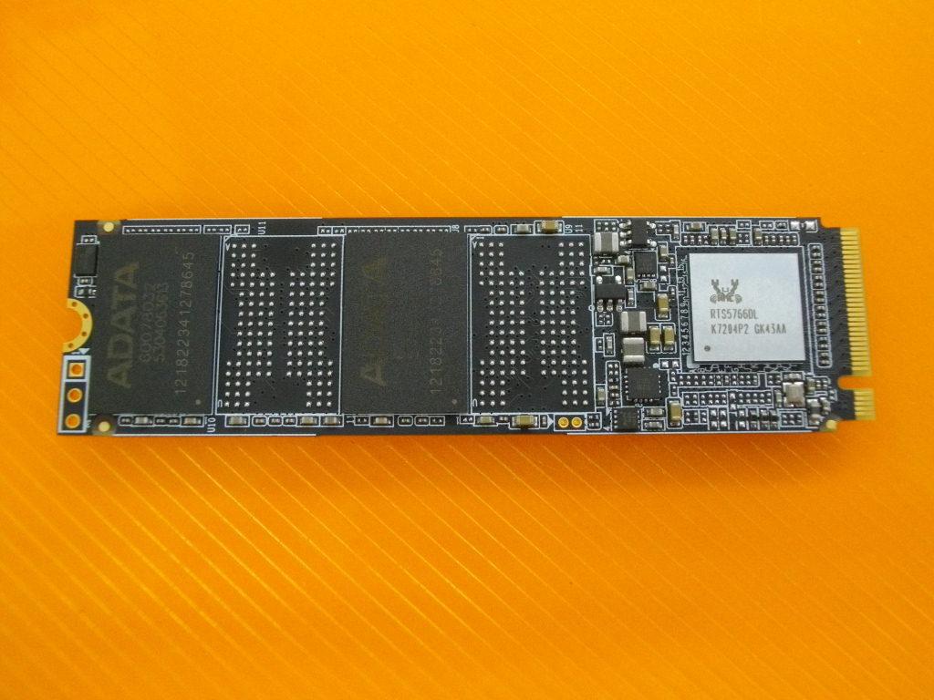 ADATA m.2 256GB SSD フォーマット済み ASX6000LNP-256GT-C 94992