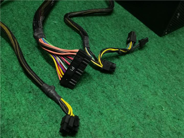 中古品  動作確認済み  DELTA GPS-550GB A 750W 電源BOX  電源ユニット  現状品 送料無料_画像3