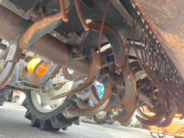 鳥取県 鳥取市 クボタ GM64 QBSMAXL 64馬力 トラクター 自動耕深 倍速ターン 逆転 4WD キャビン バックアップ 直 P5559775_画像6