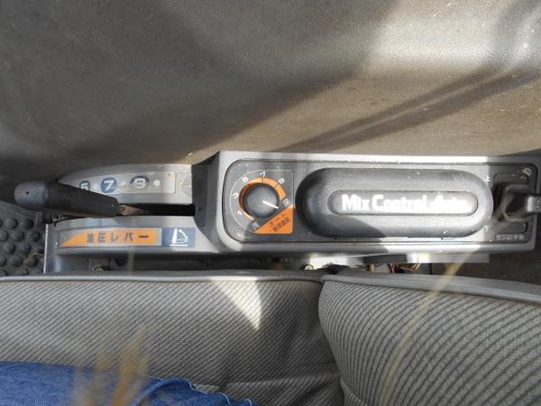 愛知県 名古屋市 クボタ トラクター GL240 24馬力 1009h 4WD ロータリー キャビン ホーン ライト 貿易 輸出 直 N5695487_画像7