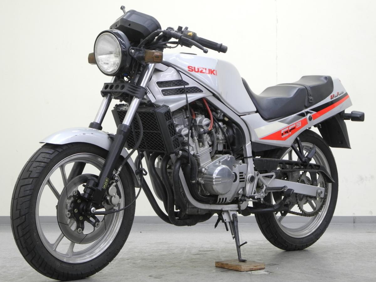 「特別出品!! スズキ GF250 【可動確認済】ローン可 旧車 4気筒 250cc GJ71C SUZUKI 売り切り」の画像3