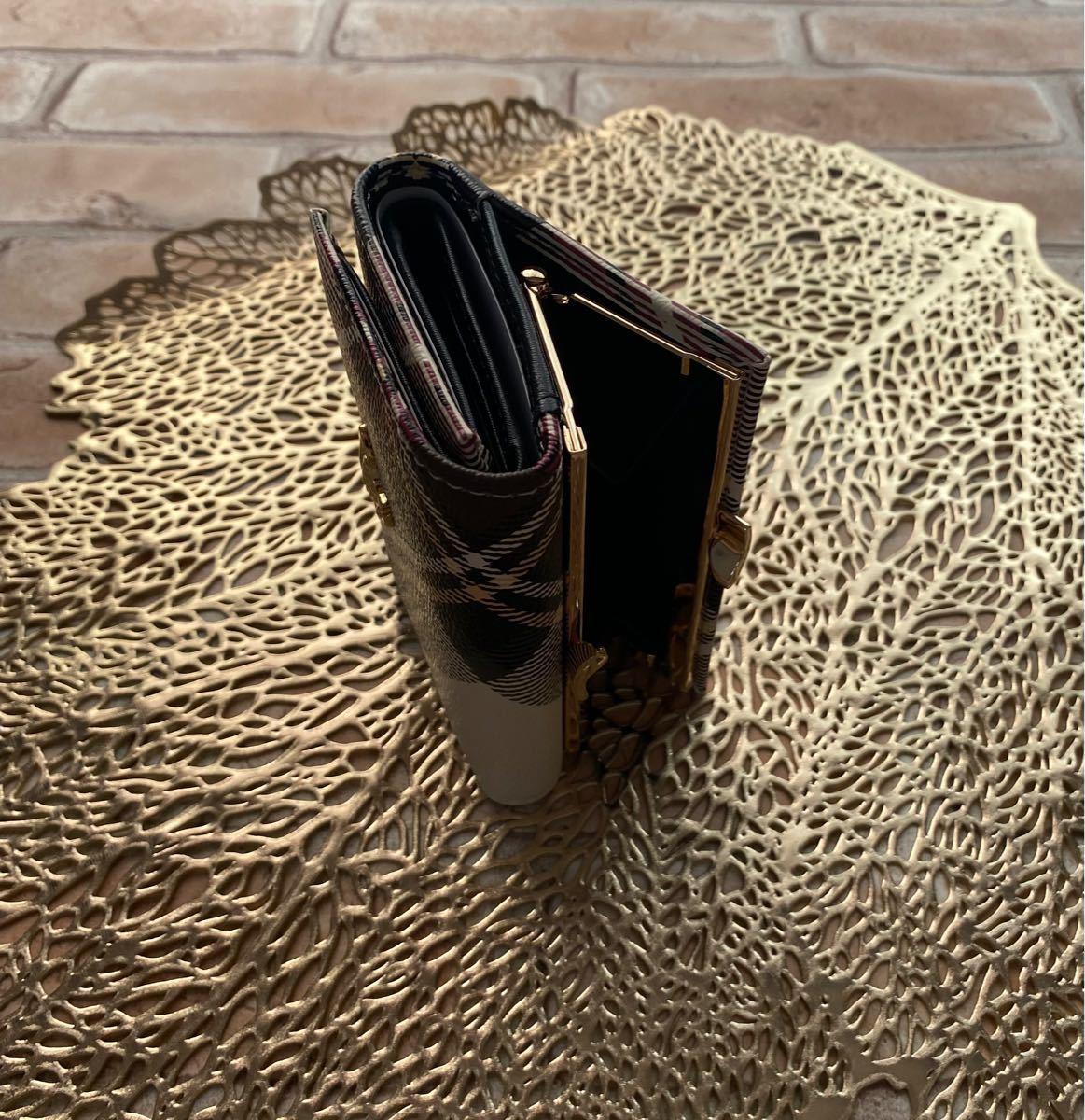 ヴィヴィアンウエストウッド Vivienne Westwood 三つ折り財布 エボリック がまぐち