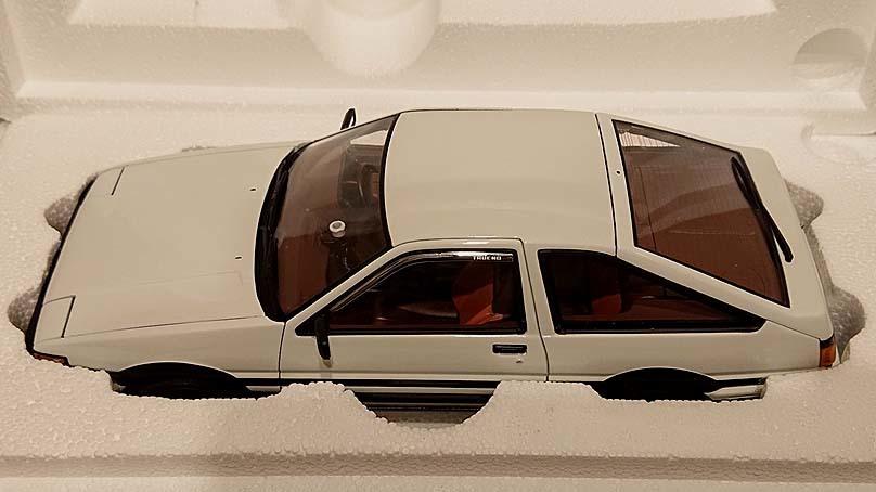 【新同品】オートアート(AUTOart) 1/18 トヨタスプリンタートレノ AE86 頭文字D コミックバージョン/TOYOTA SPRINTER TRUENO AE86_内箱からの取出履歴はありません