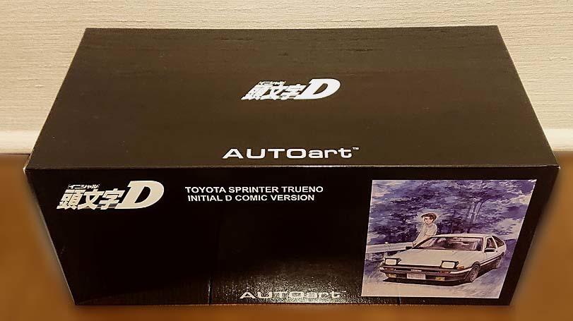 【新同品】オートアート(AUTOart) 1/18 トヨタスプリンタートレノ AE86 頭文字D コミックバージョン/TOYOTA SPRINTER TRUENO AE86_箱に大きな傷みはありません