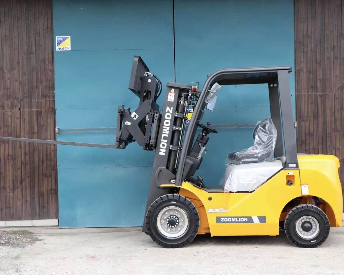 「フォークリフト zoomlion FD25 フルフリコンテナ仕様 4本レバー ヒンジ付き サイドシフト 保証付き いすゞデイーゼルエンジン」の画像1