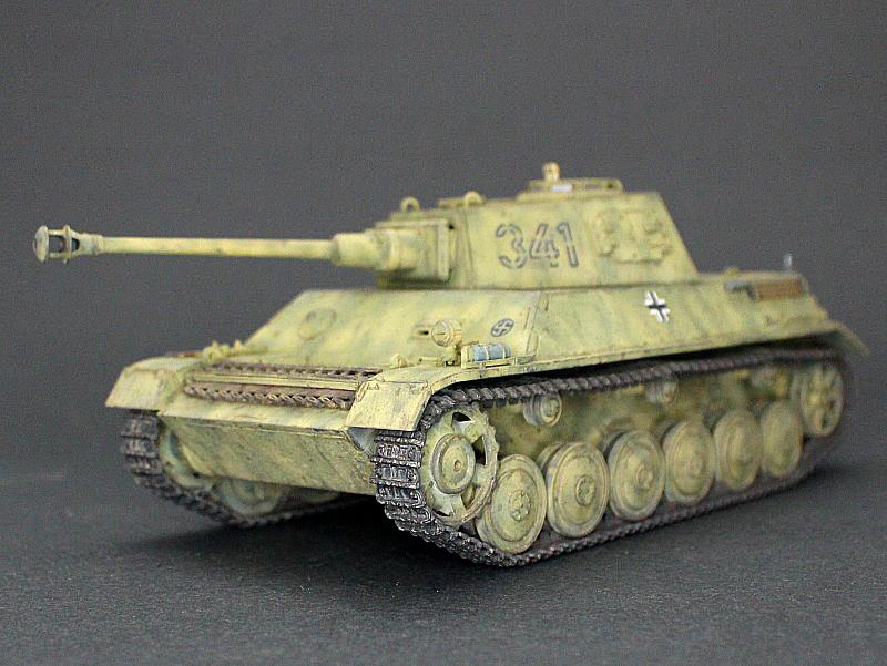 ■完成品■ホビーボス 1/35 統制型車台 Ⅲ/Ⅳ号戦車_画像4