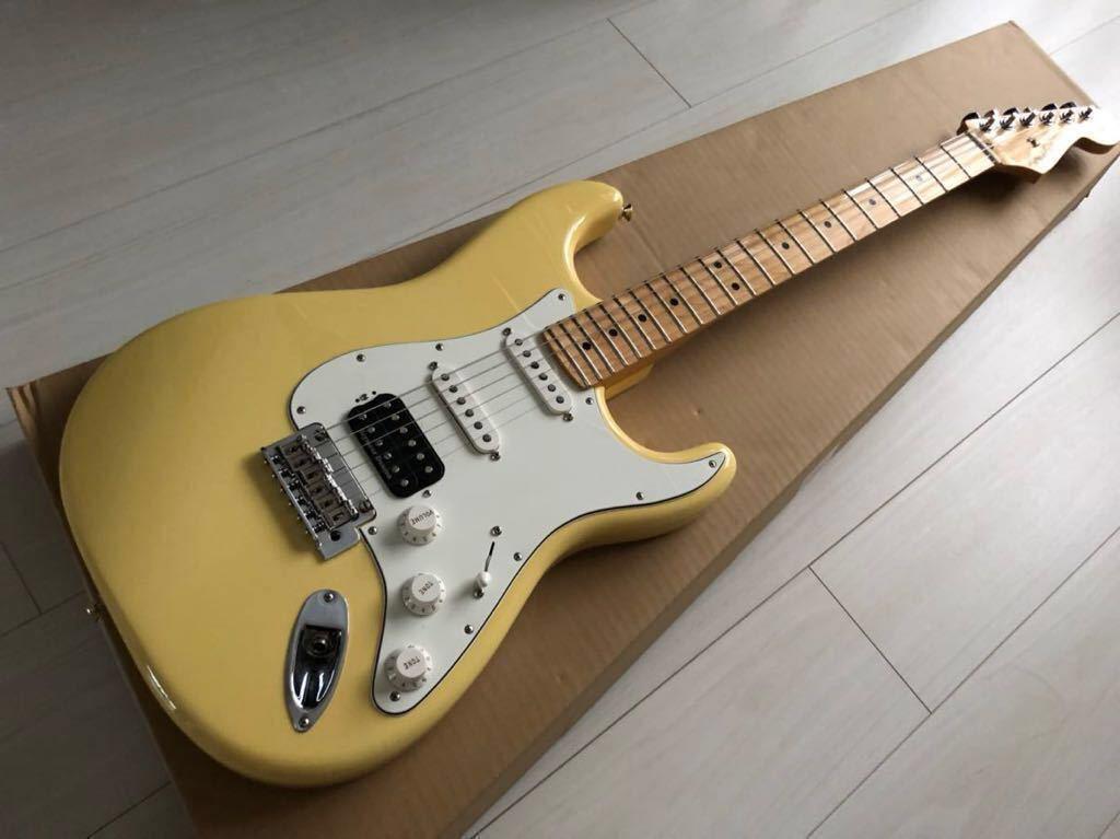 Fender Player Stratocaster HSS Buttercream
