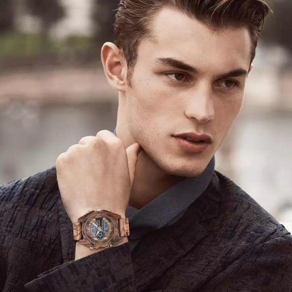〇注目商品〇 木製腕時計 スポーツクォーツメンズウォッチ トップブランド 高級 LED デジタル時計 木製腕時計 男性レロジオ_画像4