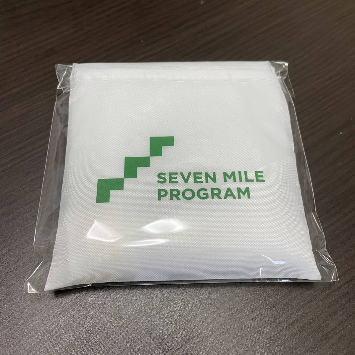 新品 セブンイレブン レジ袋風エコバッグ