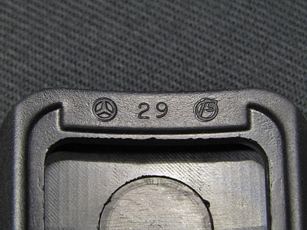 現品在庫限り!ベンツ純正品 サイドブレーキペダルゴムカバー(A1244270382)W124_画像8