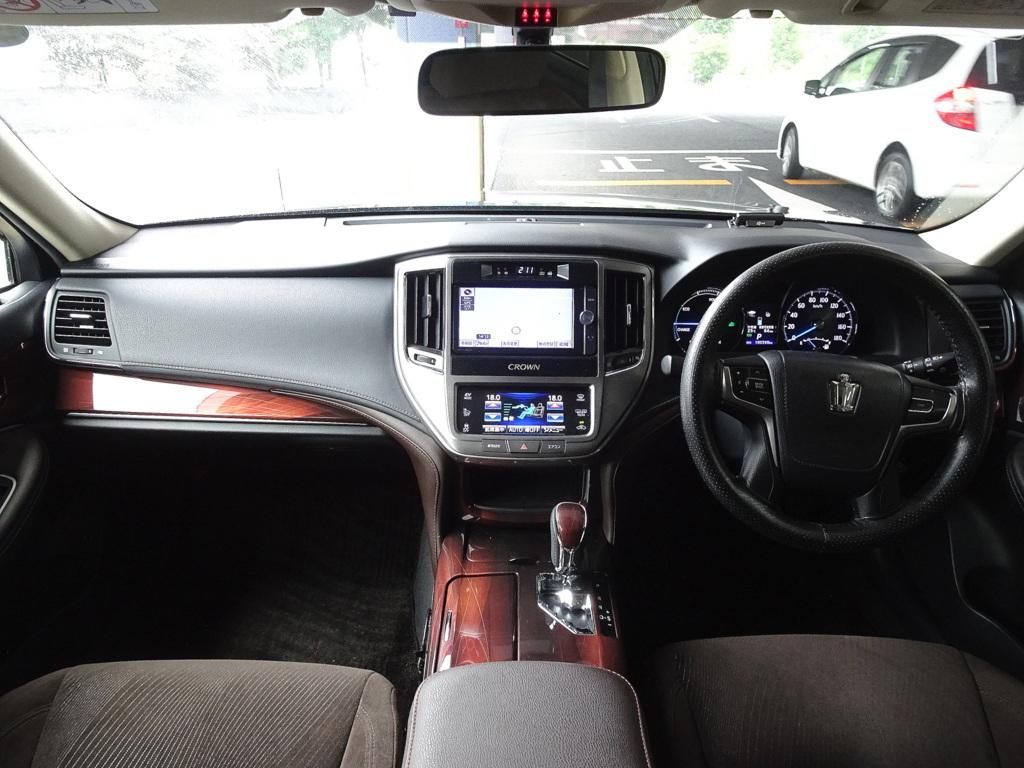 車検満タン 26年式 クラウンハイブリッド ブラック ナビ フルセグTV DVD再生機能 Bluetooth バックモニター スマートキー クルコン HID ETC_画像3