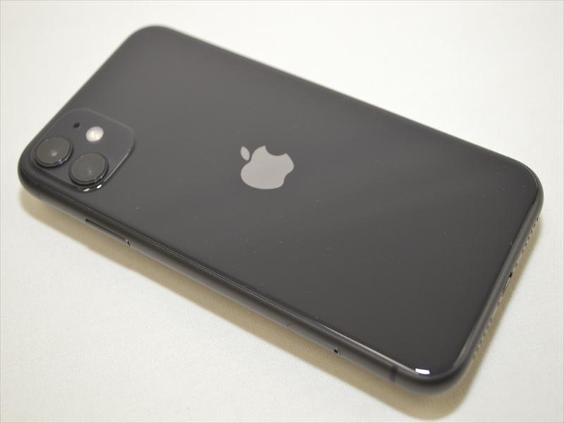 極美品 シンガポール版SIMフリー iPhone11 256GB ブラック MWNF2ZA/A 判定- OS14.7 【Apple修理保証2021.12.25】 21675_画像4