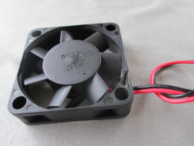 電気機器の冷却に ◆1個売り~ SUNON『 ミニミニ DC冷却ファン 』_画像7