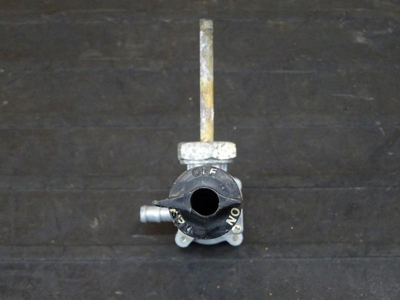 【210706】CBR250RR(MC22-1100)■ 燃料コック ガソリンコック フューエルコック_画像4