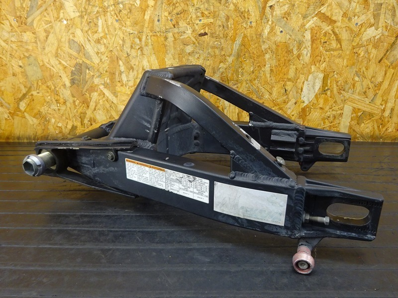 【210712】GSX-R1000 '03■ スイングアーム ピボットシャフト チェーンスライダー 【K3 ※検:K4_画像3