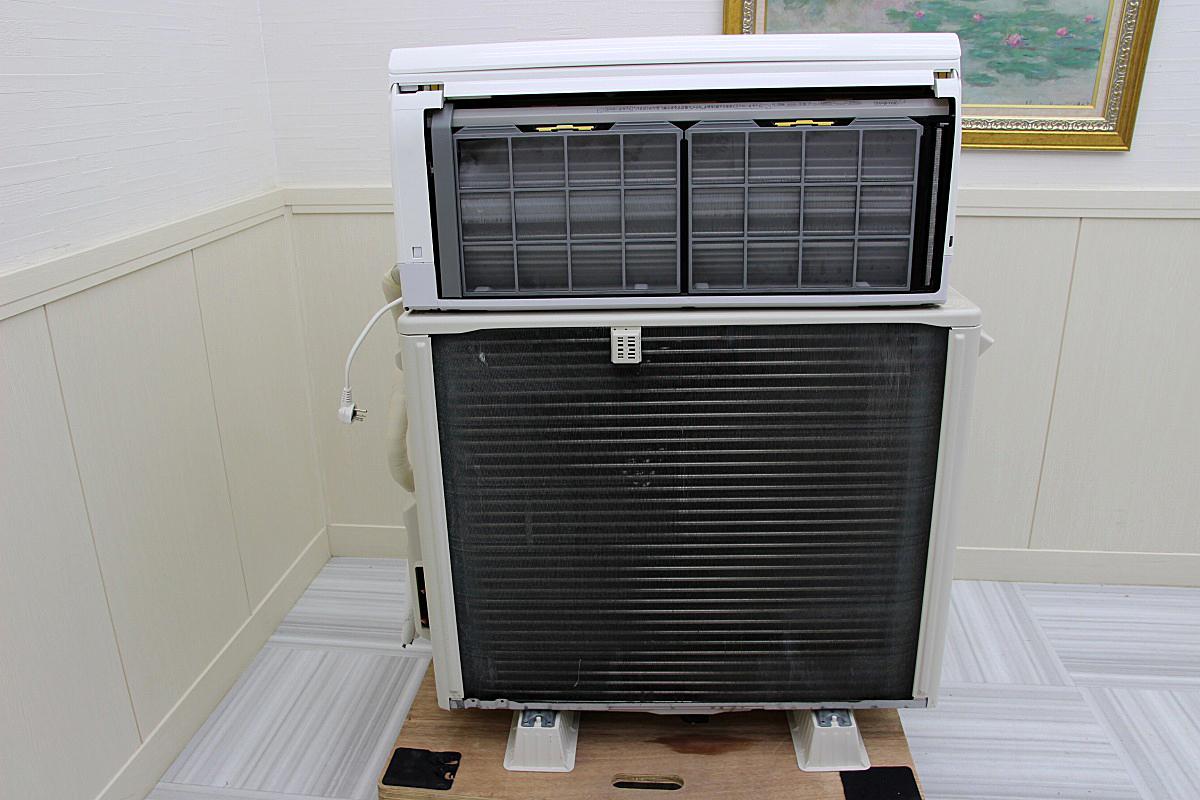 18年製 超美品!日立 白くまくん ステンレスクリーン 最上位機種 ルームエアコン 単相200V 5.6kw 20畳 家庭用 ハイパワー大型 RAS-X56H2_画像2