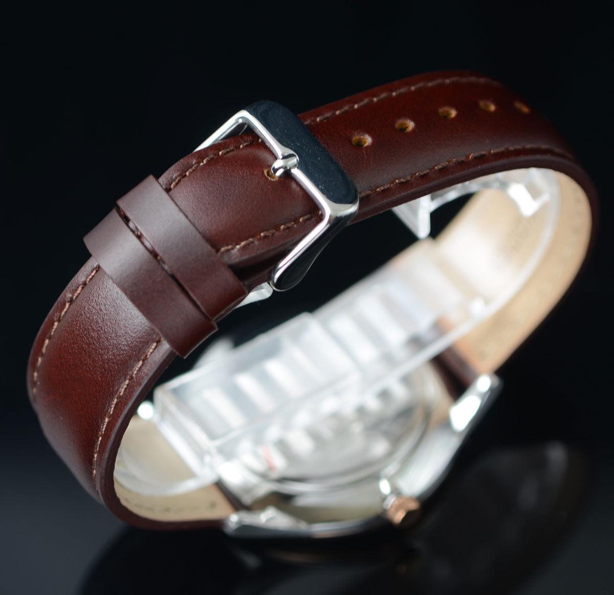1円開始 逆輸入セイコーPULSARシンプルで飽きの来ないデザイン50m防水 美しいサファイアブルー 腕時計 本革ベルト メンズ 激レア日本未発売_画像4