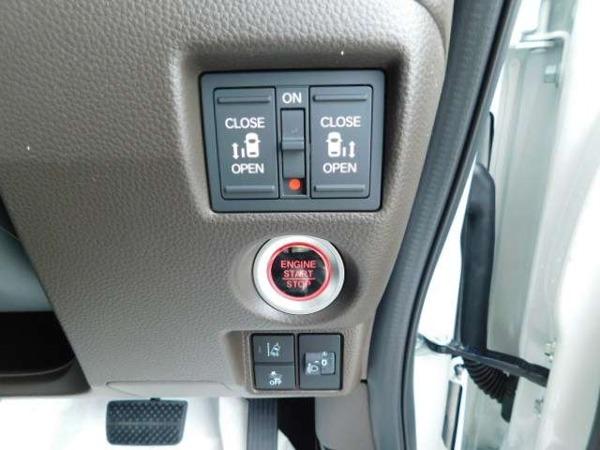 「N-BOX 660 L コーディネートスタイル 届出済未使用車」の画像3